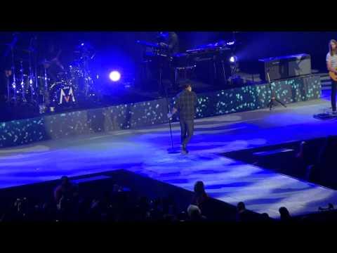 Maroon 5 - One More Night live - Paris Bercy 2014