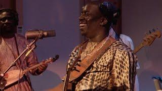 "Vieux Farka Touré -  ""Homafu Wawa"" Official Video"