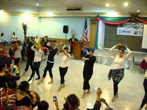 Malong Dance (Tudlo Mindanao 2011)