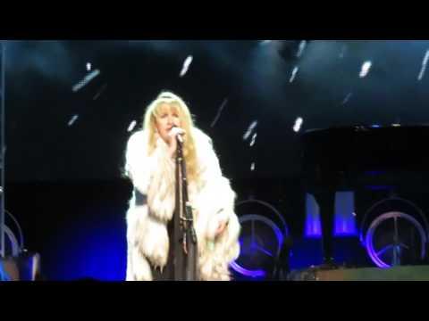 Stevie Nicks Moonlight - Madison Square Garden 12-1-2016
