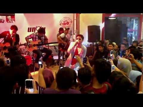 Kau Anggap Apa - UNGU [ Live Streaming Launching Album TIMELESS 06 ]