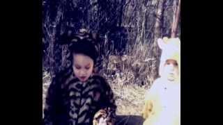 ночные грузчики - бразилия(Music By ночные грузчики Video By Giorgi Kavtaradze., 2012-03-05T09:54:47.000Z)