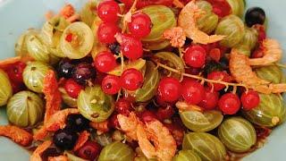ตำเบอรี่รวมและชมสวนกับพี่หมู/ Mixed Berries Salad Thaistye
