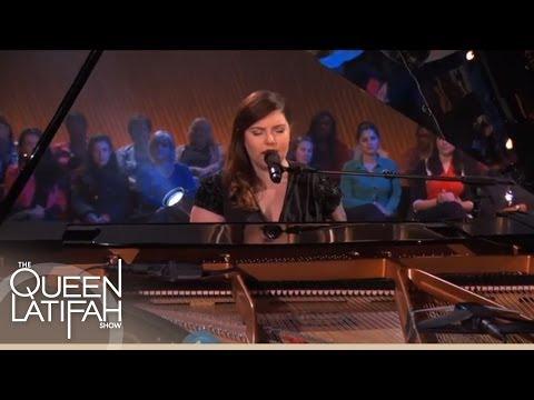 Mary Lambert Performs