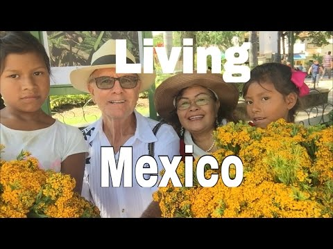 Retire Early in Mexico Lake Chapala Ajijic Retirement Lifestyle