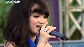 Video Zaskia   1000 Alasan @mnc nagaswara ©23 06 2013 HD download MP3, 3GP, MP4, WEBM, AVI, FLV Oktober 2018