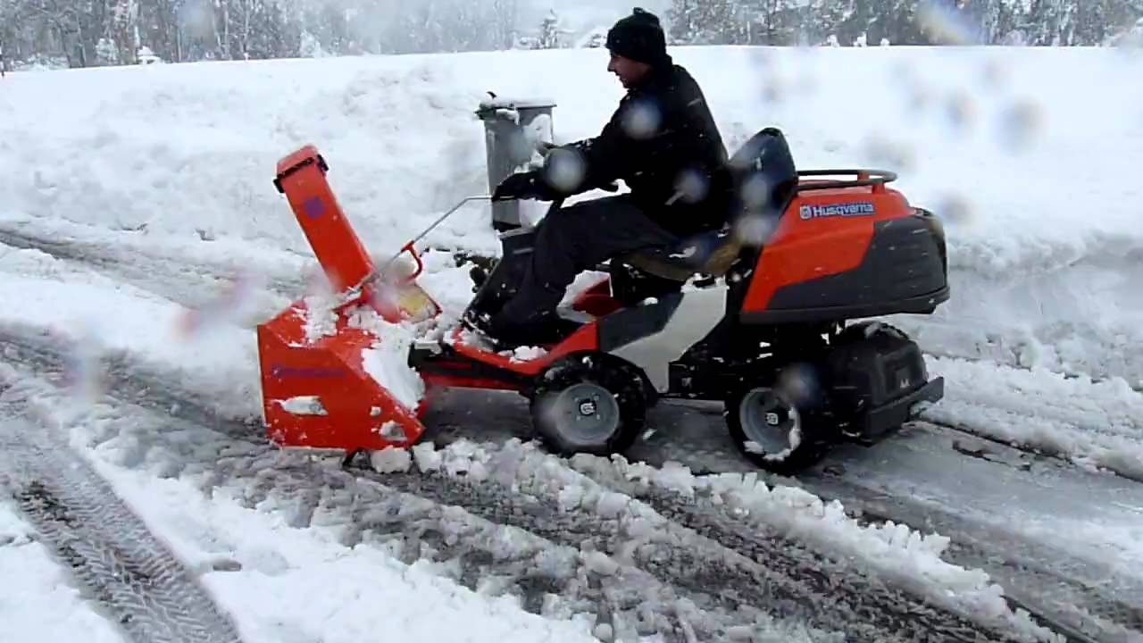 Rider Husqvarna Pr 17 Awd Snow Youtube