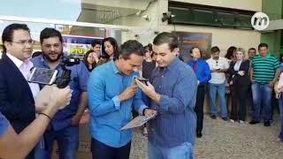 Sortudos desconfiam de ligação de Marquinhos de que ganharam moto e carro