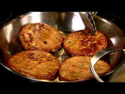 recette-burger-de-légumes-et-pâtes-aux-poireaux-à-la-crème---colruyt
