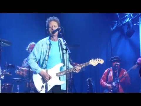 Blondie Chaplin feat. Brian Wilson & Al Jardine - Sail On, Sailor [Live at Bluesfest Byron Bay 2016]
