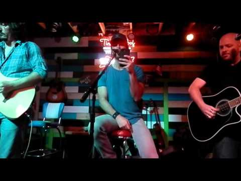 """Chuck Wicks at The Tin Roof in Lexington Ky! Singing """"Love Yourself""""!"""