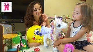 Іграшки Каті Міс Кеті Настя грає інтерактивним єдинорогом з Інною БЕН і ХОЛЛІ Toys for children