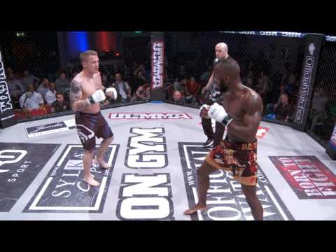 Alex Lohore vs Tom Wincott - UCMMA 47