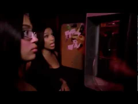 Bad Girls Club Season 8 - Fight in a Restaurant Lobby