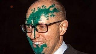 Новости Украины Яценюка облили зелёнкой