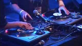 Chris Karns (fka DJ Vajra) & DJ Q-Bert Scratching Live