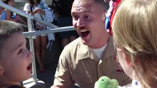 U S  Marine Surprises His Family in the Front Yard