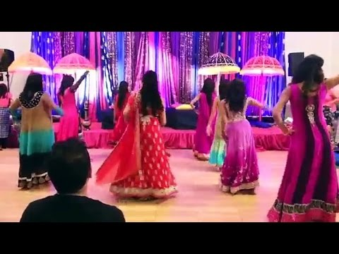 My Name is Lakhan superb dance by girls
