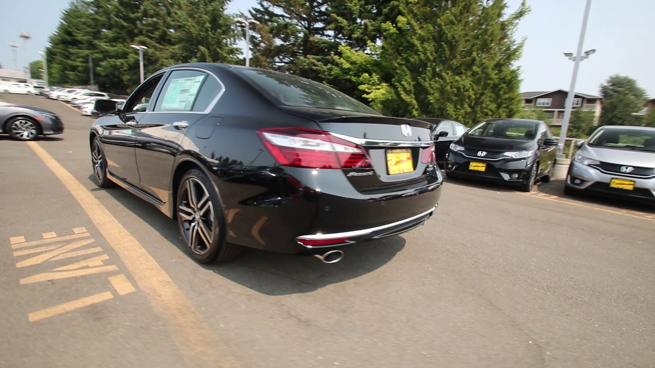 2017 Honda Accord Touring Crystal Black Pearl Ha037610 Seattle Burien On