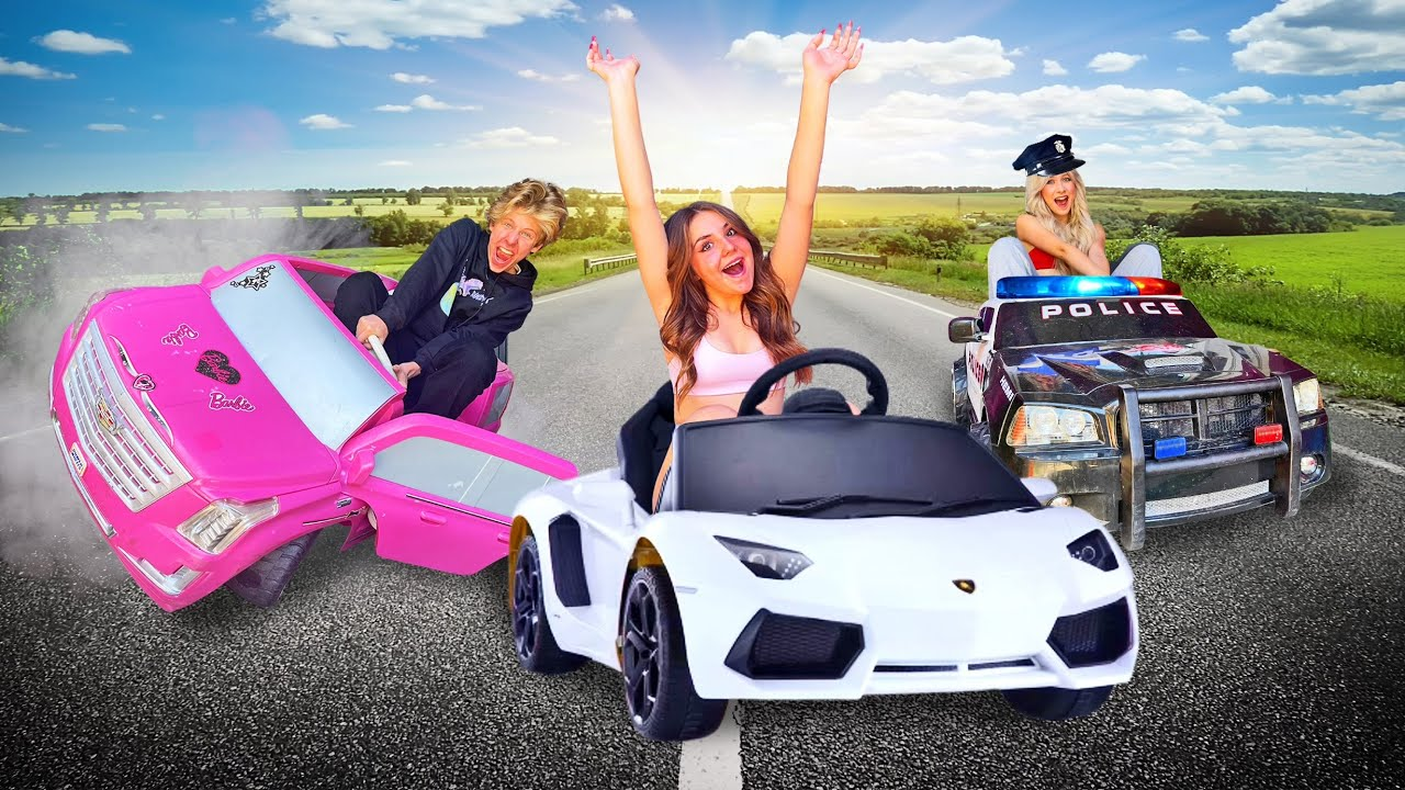 LAST TO LEAVE TINY CAR WINS $10,000 💵 | Piper Rockelle