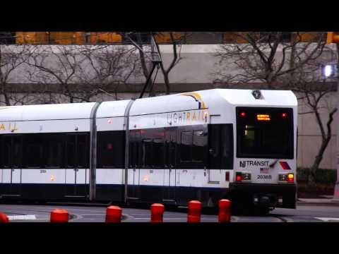 New Jersey Transit : Exchange Place [ Bus & Hudson-Bergen Light Rail Action ]