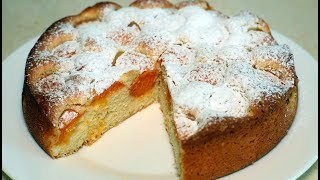 Нежный и воздушный абрикосовый пирог. Съедается до последней крошки.