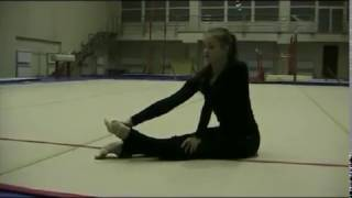 Комплекс упражнений на стопы, колени и плечевой пояс в художественной гимнастике