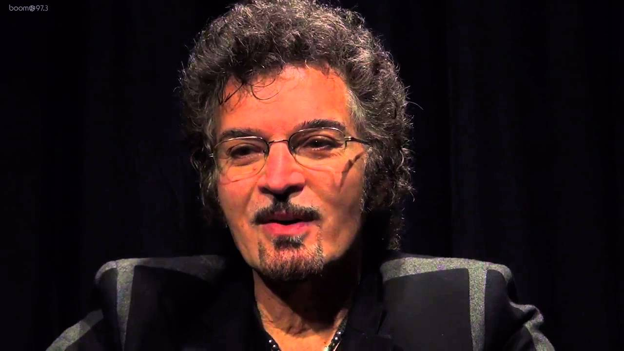 Gino Vannelli talks about Black cars - YouTube