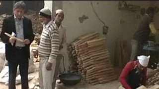These men earn Rs 200 a day, making bats for international cricket