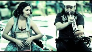 Live music in SoHo, New York - Jessy Carolina and the Hot Mess