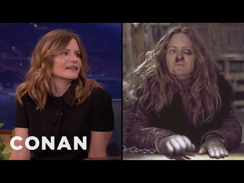 Jennifer Jason Leigh: Quentin Tarantino Has His Own Blood