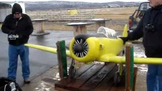 Repeat youtube video Fatal AT-6 Maiden Flight.wmv
