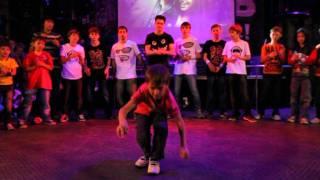 Брейк видео школы танцев New Project, Break dance(Брейк видео школы танцев New Project, Break dance. Танцевальная школа New Project http://project-nsk.ru видео студии по обучению совр..., 2011-12-23T06:04:23.000Z)