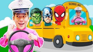 상어가족 스쿨버스 타고 인기동요 노래해요 | Baby Shark Wheel on the bus song Nursery rhymes school bus | MariAndKids