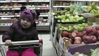 ВЛОГ: С детьми по магазинам Ловим рыбку Вкусный десерт