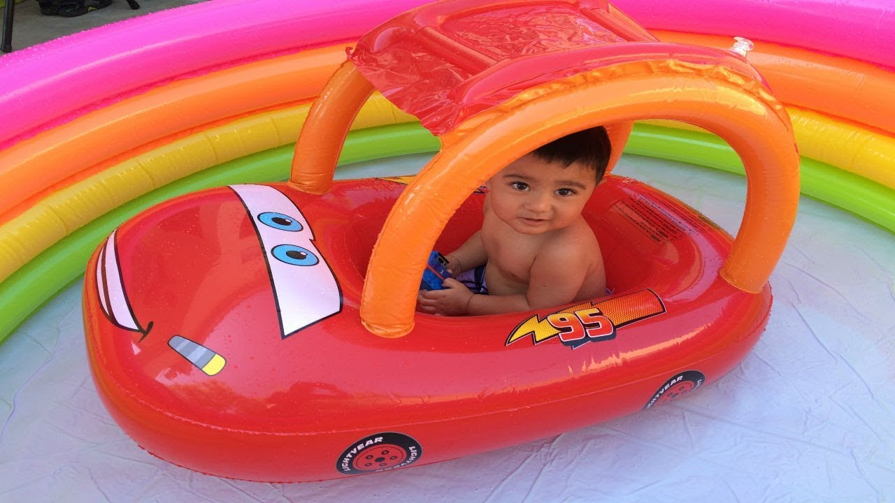 Disney Cars Toys Lightning Mcqueen Thomas N Friends Trains Percy In The Swimming Pool Youtube