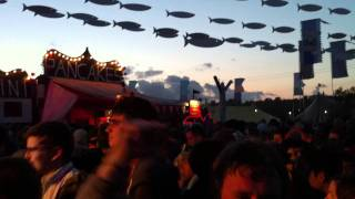 Digs And Woosh - Glastonbury 2011 (2)