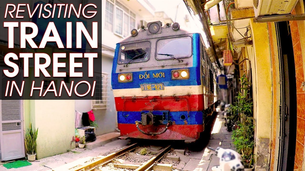 I Saw The Train At Train Street In Hanoi Exploring A Local Neighborhood Vietnam Walk
