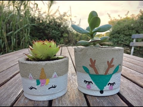diy p 39 tits pots de fleurs en ciment youtube. Black Bedroom Furniture Sets. Home Design Ideas