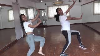 Hauli Hauli  Dance | de de pyar de | choreography by dancend