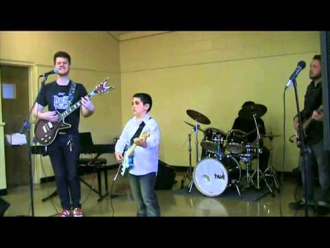 Guitar Lessons La Sierra CA - Bass Lessons Corona CA - Alta Loma Music & Arts Center