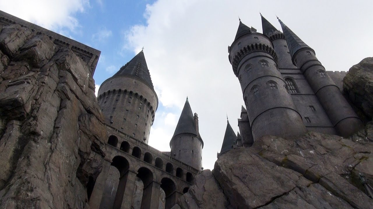 HOGWARTS CASTLE TOUR - Wizarding World Of Harry Potter ...