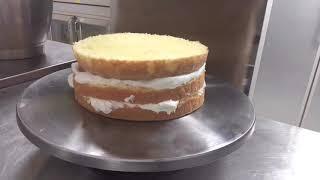 초보빵집사장|초보사장|소자본창업|생크림케이크를 만들어보…