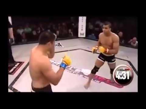 Capoeira vs MMA    uno spettacolooooo