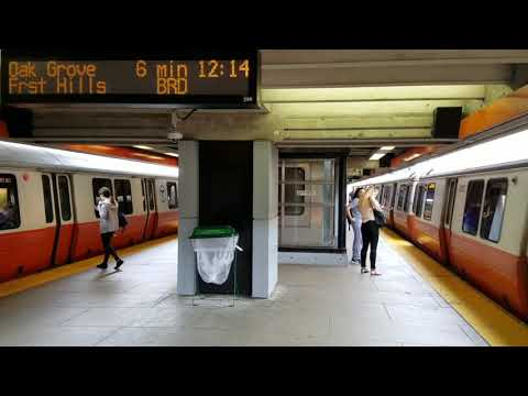 MBTA Orange line trains at Wellington