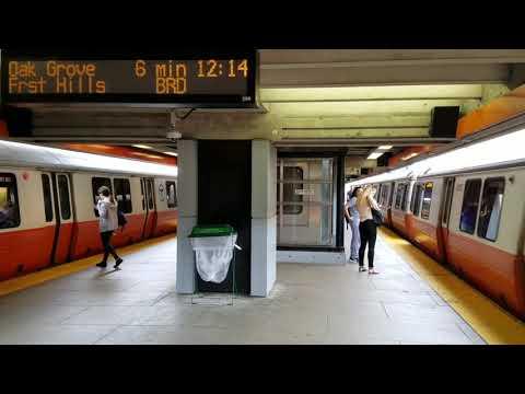 MBTA Orange line trains at Wellington