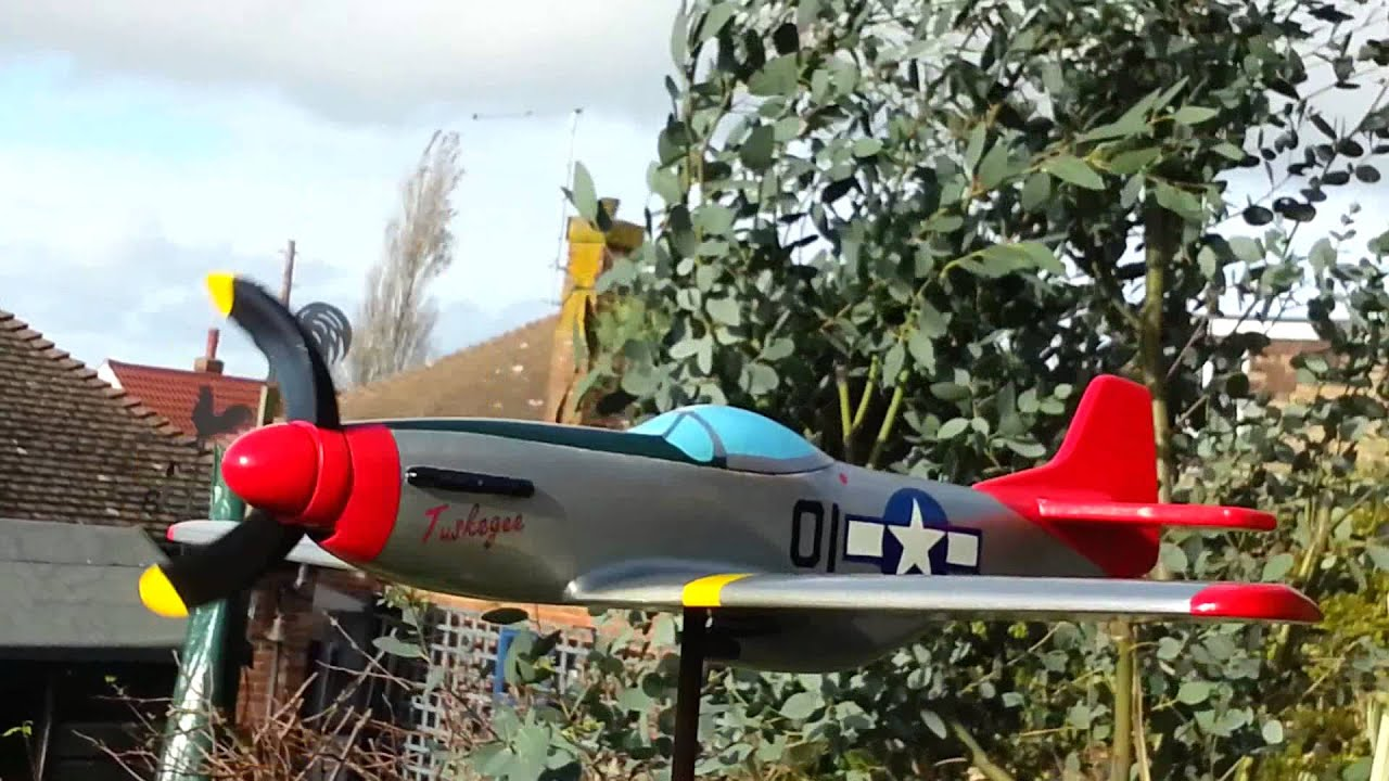 P51d whirligig airplane - YouTube