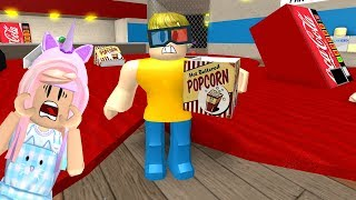 ESCAPE EL SCARIEST MOVIE THEATER EN ROBLOX!