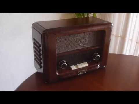Retroalmacen - RADIO ANTIGUA VINTAGE DE MADERA REPRODUCCIÓN ALTA CALIDAD