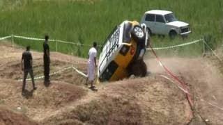 Toyota FJ cruiser Funny crash - OFF Road 4x4